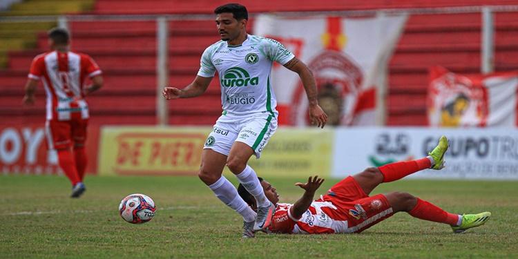 Hercílio Luz e Chapecoense ficam no empate sem gols no Campeonato Catarinense
