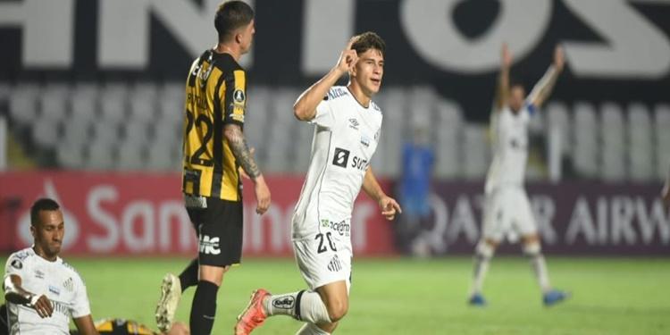 """Pirani vibra com 'sonho realizado' e quer Santos vivo no Paulista: """"Vamos lutar até o fim"""""""