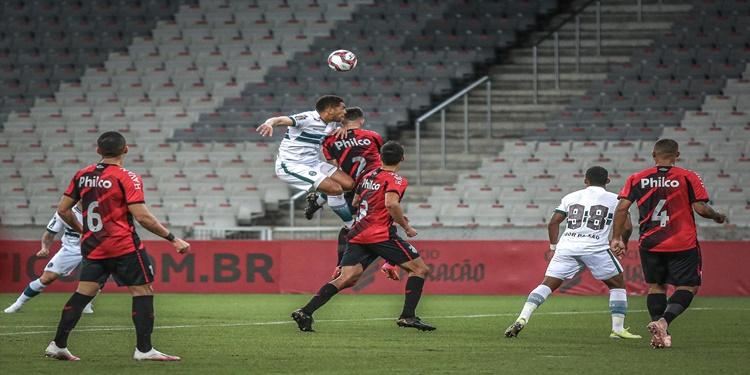 Coritiba é derrotado pelo Furacão na 7ª rodada do Campeonato Paranaense