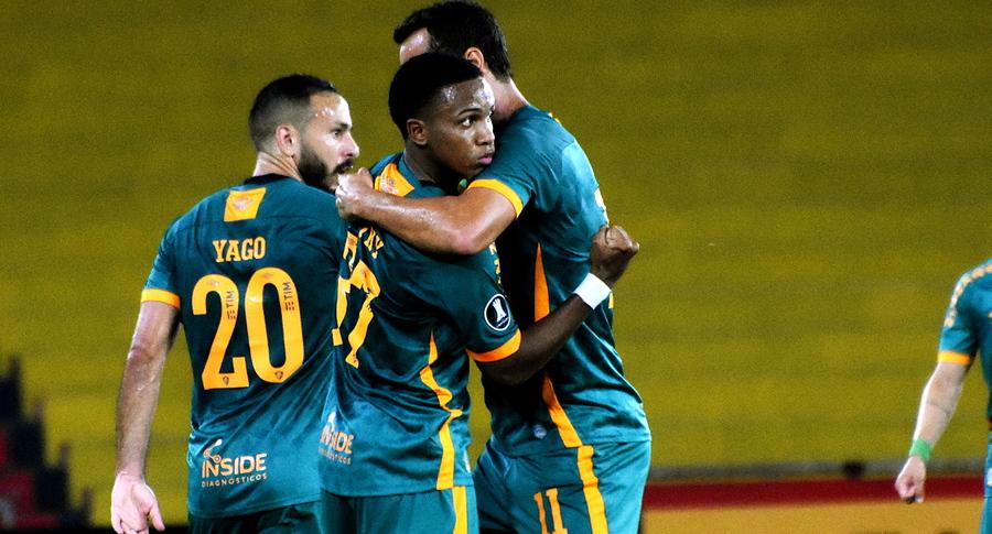 Mais jovem a marcar pelo Flu na Libertadores, Kayky vibra: