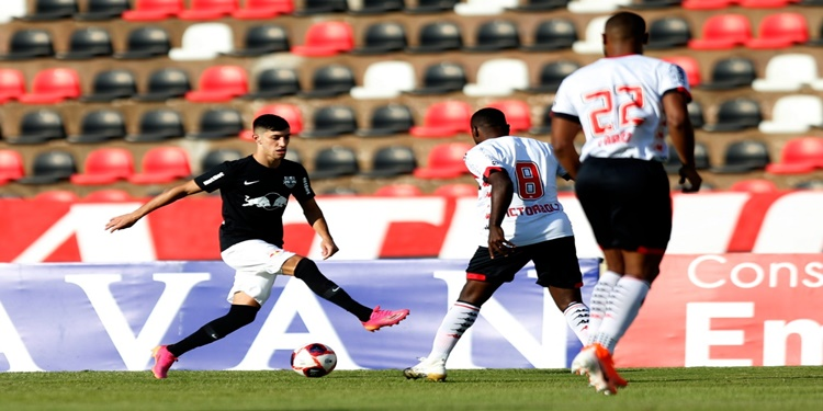 Bragantino empata com Botafogo SP no Campeonato Paulista