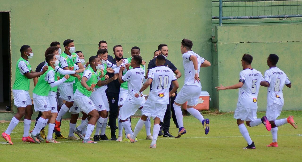 Sub-17 empata com o Corinthians pelo Brasileiro