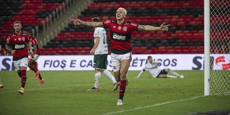 Mengão continua invicto após derrotar o Palmeiras