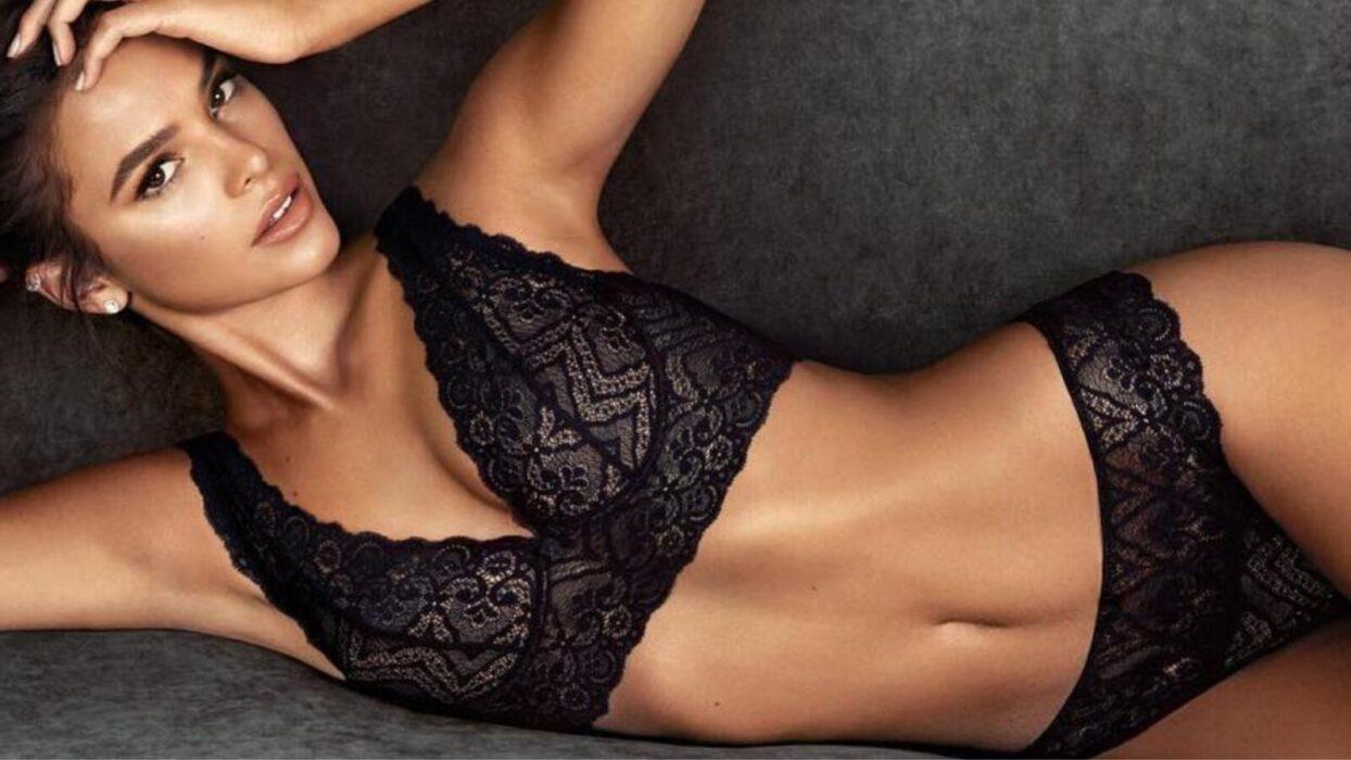 Bruna Marquezine exibe barriguinha sarada em registro de lingerie: