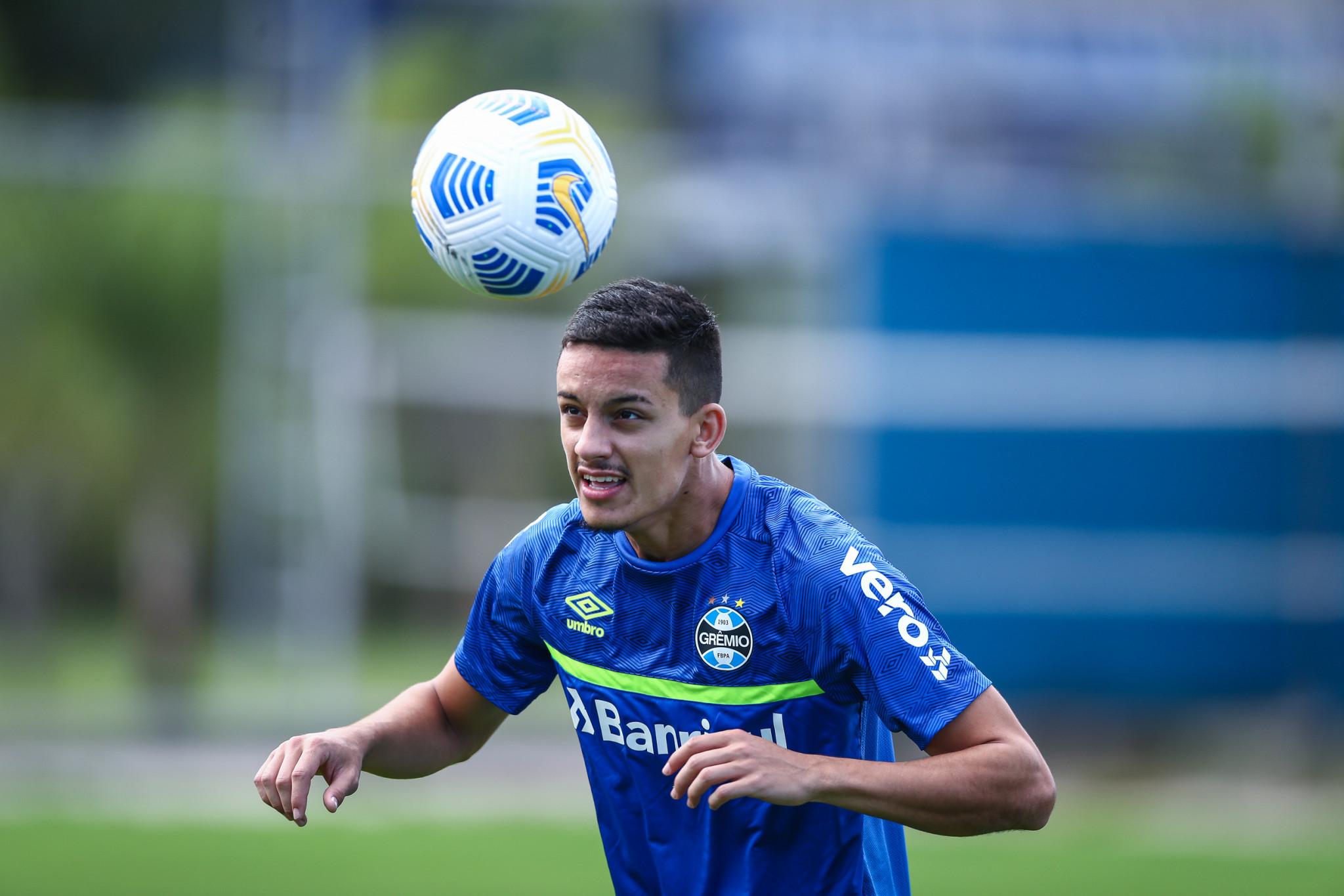 Grêmio encerra preparativos para decisão em Brasília